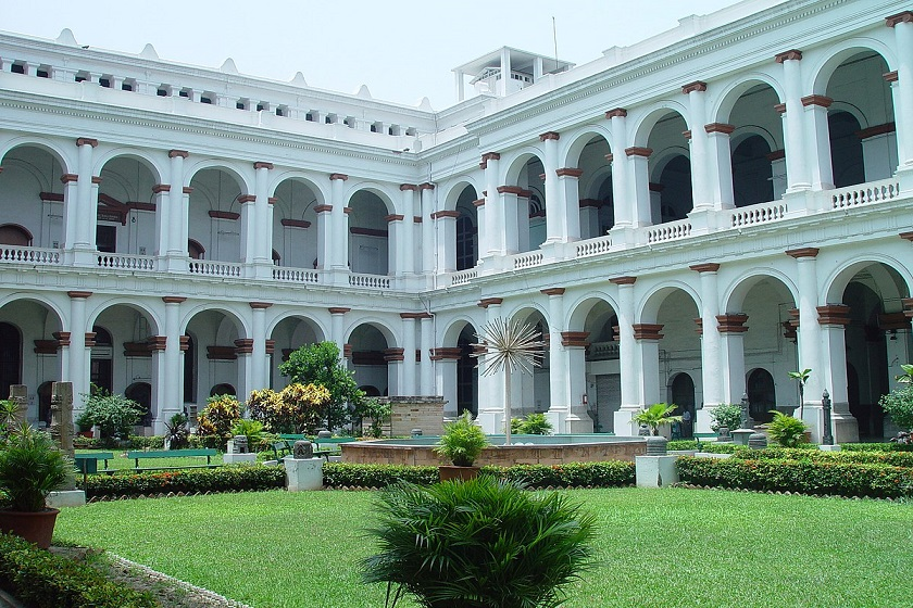 indian-museum-kolkata-priya-travels