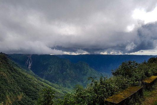 shillong-3n-guwahati-1n-priya travels