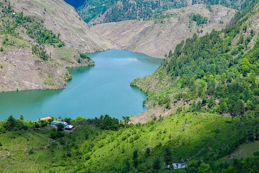zal-zal-lake-azad-kashmir-priya travels