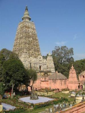 mahabodhi-temple-bodh-gaya-priya-travels