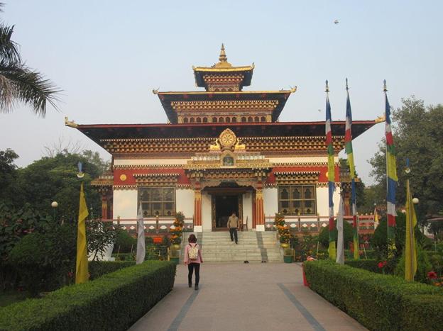 royal-bhutanese-monastery-priya-travels
