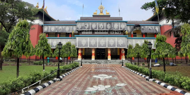 tergar-monastery-priya-travels