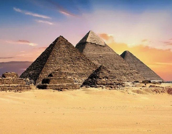 ezypt-pyramids-priya-travels