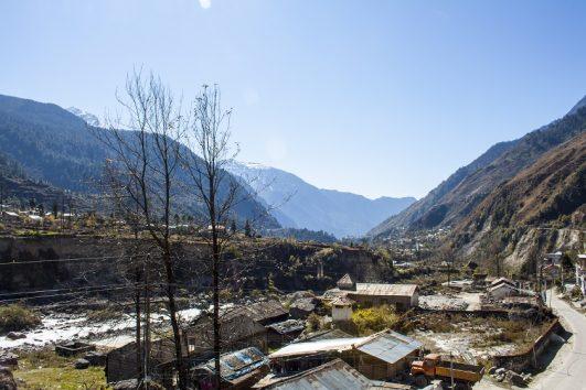 lachung-town-sikkim-tour-priya-travels