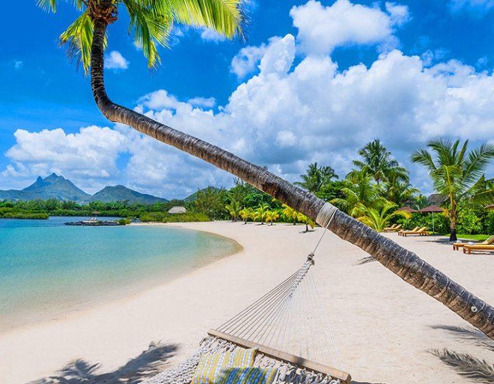 mauritius-beach-priya-travels