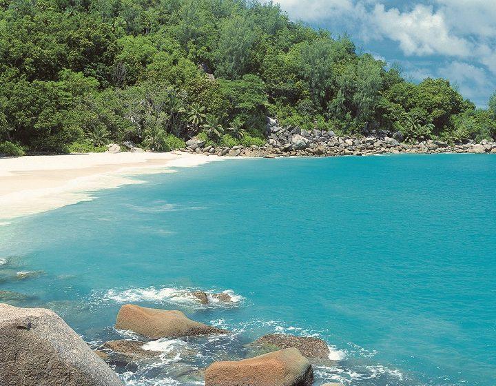 mauritius-wonderful-priya-travels