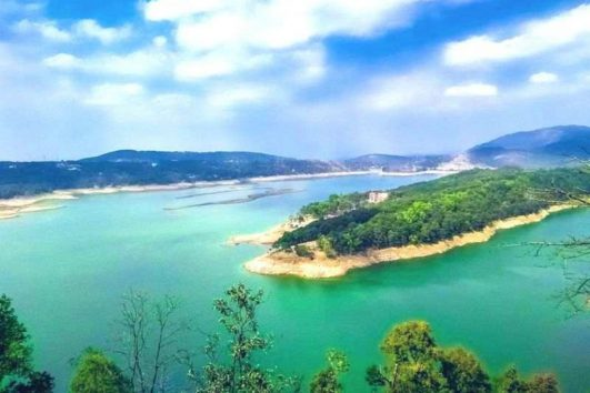 umiam-lake-shillong-dawki-package-priya-travels