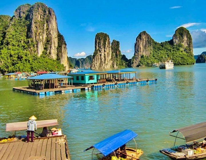 vietnam-hanoi-ha-long-bay-priya-travels