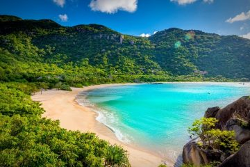 vietnam-nha-trang-beach-priya-travels
