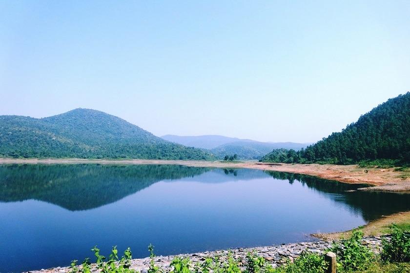 ghatsila-burudi-lake-Jharkhand-priya-travels
