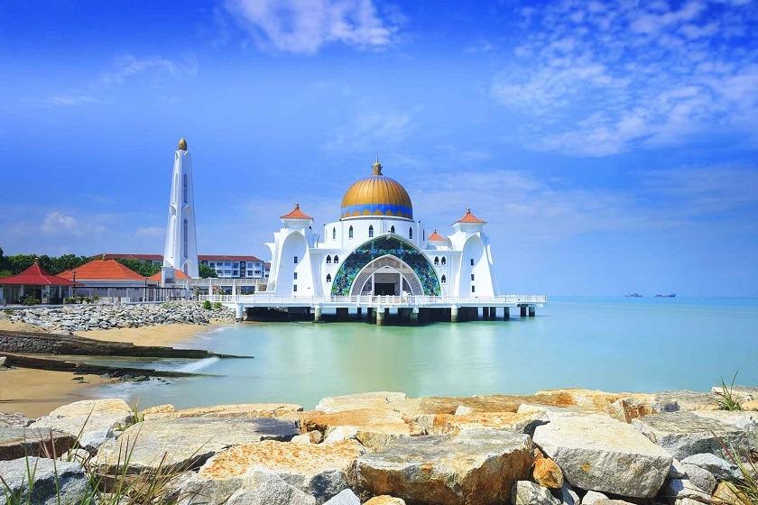 malacca-singapore-priya-travels